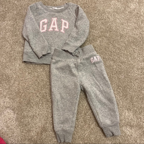 GAP Other - Gap Logo Fleece Outfit